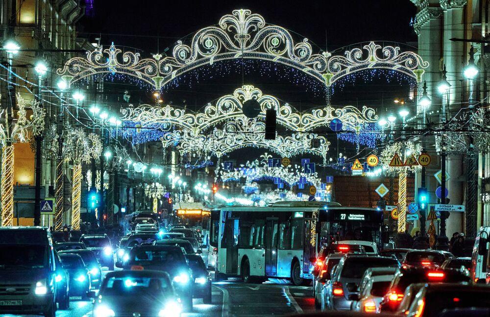 Przedświąteczne korki na drogach w Petersburgu