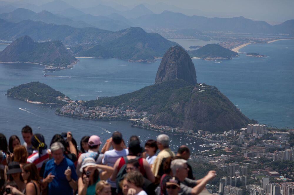 Widok Pan di Asucar z góry Corcovado w Brazylii