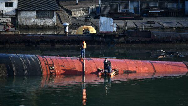 Okręt podwodny B-380 w Sewastopolu - Sputnik Polska
