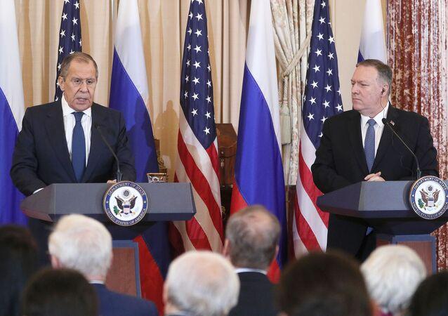 Konferencja prasowa z udziałem ministra spraw zagranicznych Rosji Siergieja Ławrowa i sekretarza stanu USA Mika Pompeo w Waszyngtonie.
