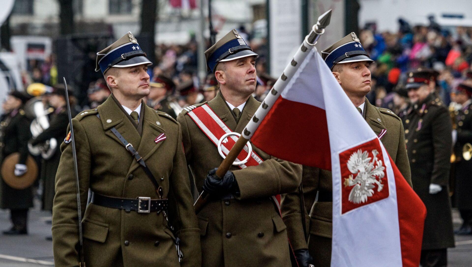 Polskie wojsko w Rydze, Dzień Niepodległości Łotwy - Sputnik Polska, 1920, 28.02.2021