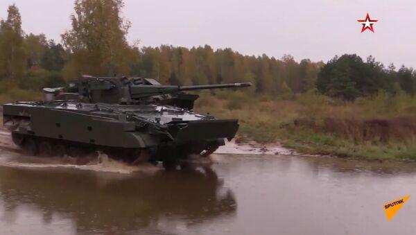 Unikalne kadry testowe najnowszego rosyjskiego wozu bojowego  - Sputnik Polska