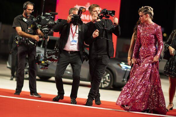 Kristen Stewart w Wenecji - Sputnik Polska