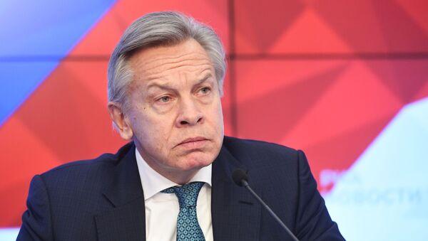 Przewodniczący Komisji ds. Polityki Informacyjnej Rady Federacji Aleksiej Puszkow - Sputnik Polska