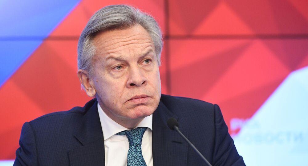 Przewodniczący Komisji ds. Polityki Informacyjnej Rady Federacji Aleksiej Puszkow