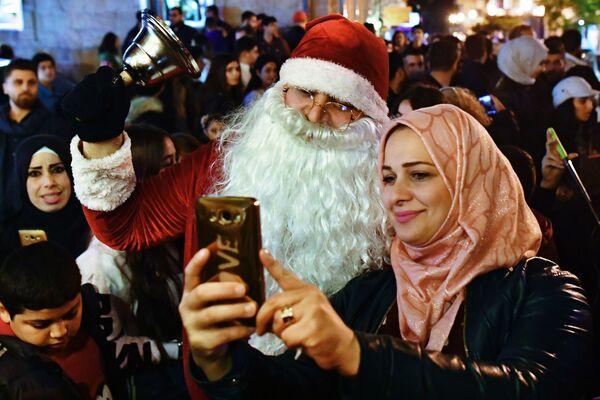 Święty Mikołaj w Syrii - Sputnik Polska