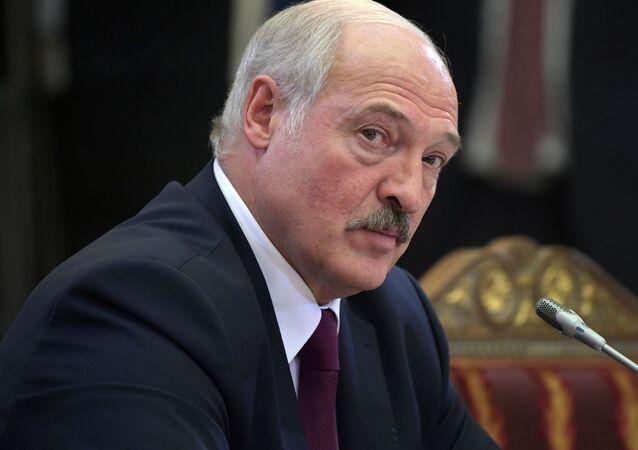 Prezydent Białorusi Alaksandr Łukaszenka na nieformalnym spotkaniu liderów WNP