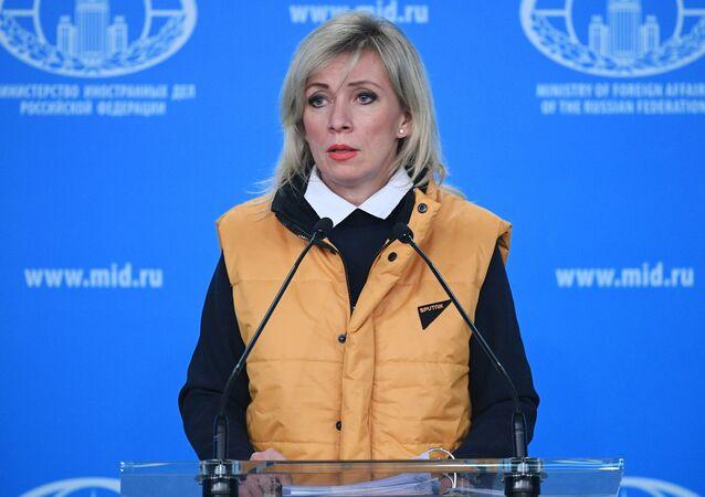 Rzecznik Ministerstwa Spraw Zagranicznych Rosji Maria Zacharowa w czasie briefingu