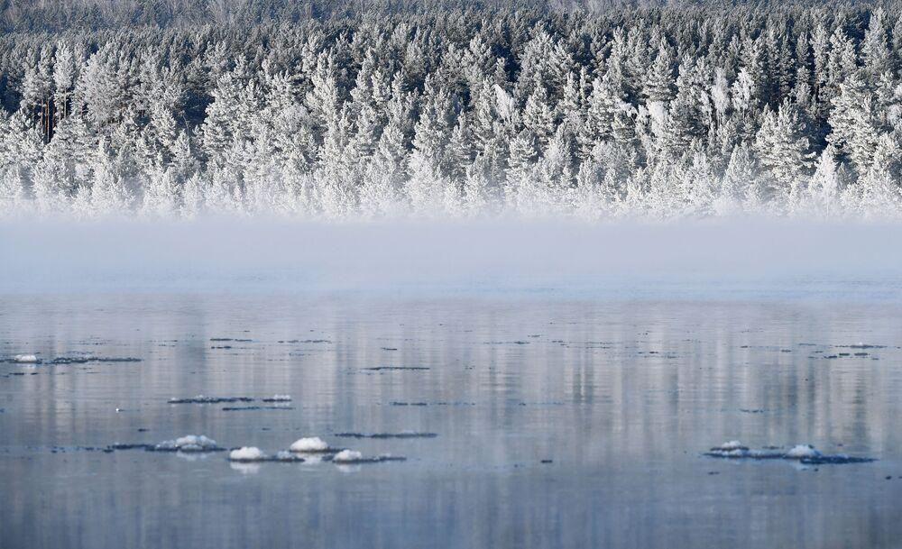 Rzeka Jenisej w Kraju Krasnojarskim