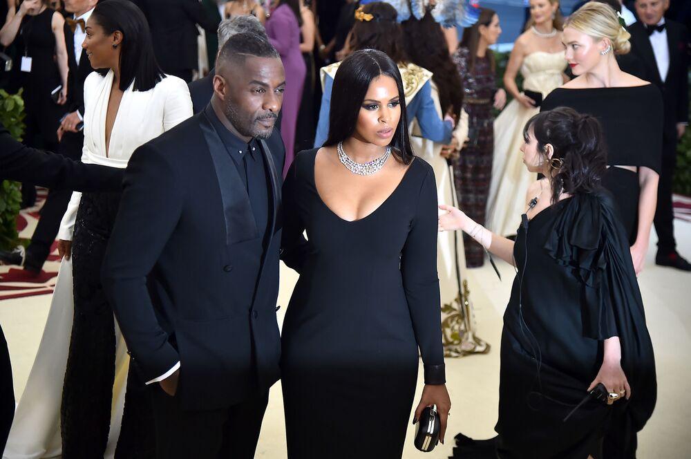 Aktor Idris Elba i modelka Sabrina Dhowre