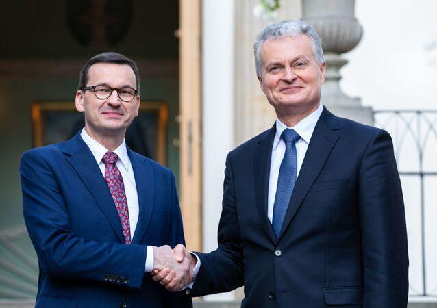 Premier Polski Mateusz Morawiecki i prezydent Litwy Gitanas Nauseda