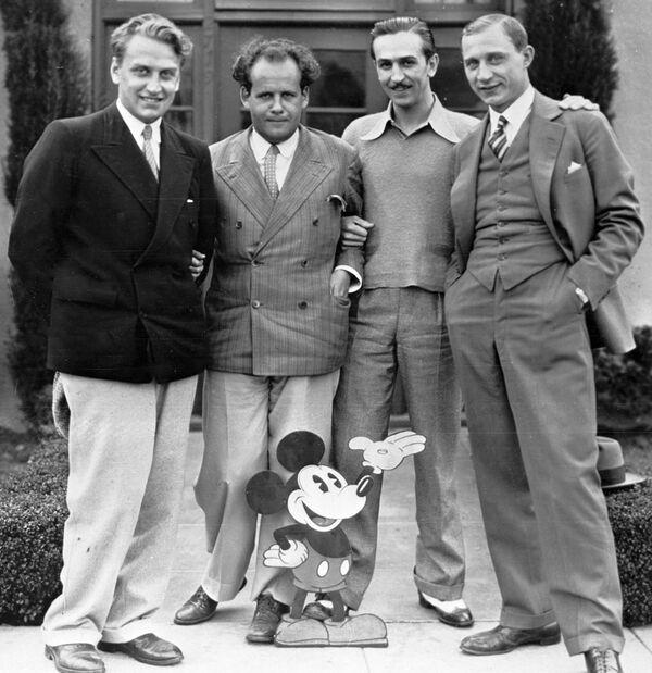 Grigorij Aleksandrow, Siergiej Eisenstein, Walt Disney i Eduard Tisse, 1930 rok  - Sputnik Polska