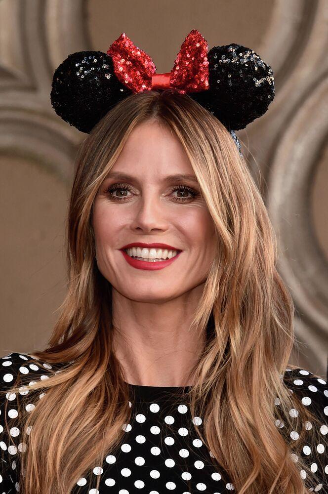 Modelka Heidi Klum podczas ceremonii z okazji 90. rocznicy Minnie Mouse w Hollywood