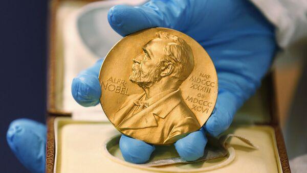 Medal wręczany laureatom Nagrody Nobla - Sputnik Polska