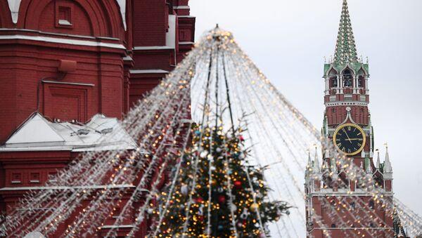 Plac Czerwony w świątecznej odsłonie - Sputnik Polska