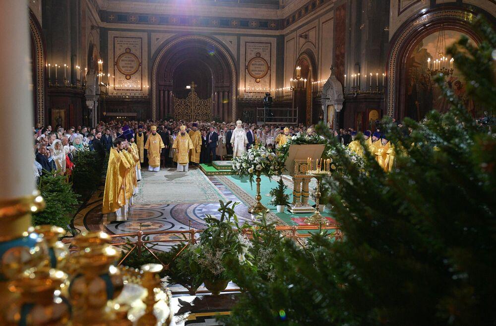 Patriarcha Moskiewski i całej Rusi Cyryl w czasie liturgii bożonarodzeniowej w Soborze Chrystusa Zbawiciela w Moskwie.