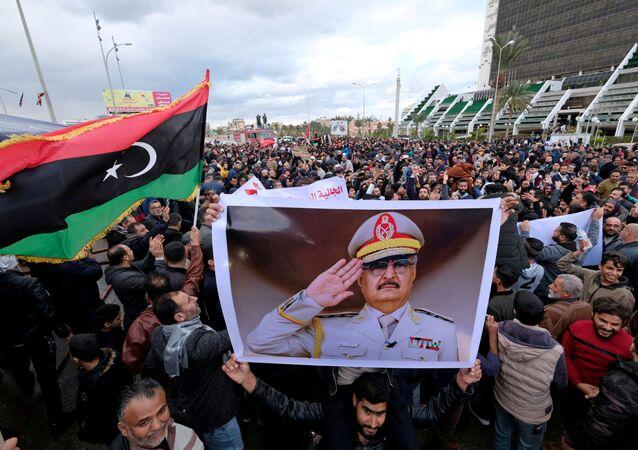 Protesty w Bengazi przeciwko decyzji tureckiego parlamentu w sprawie wysłania żołnierzy do Libii