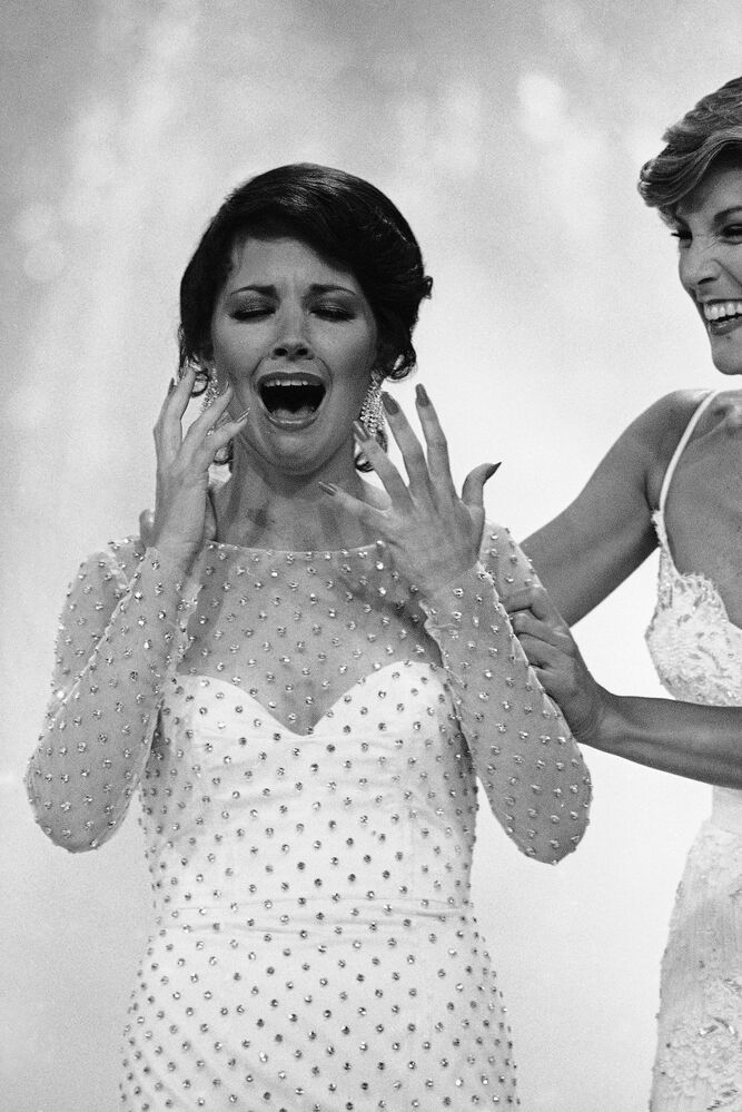 """Miss Oklahoma, Susan Powell zwyciężczyni konkursu """"Miss America"""" w 1980 roku"""