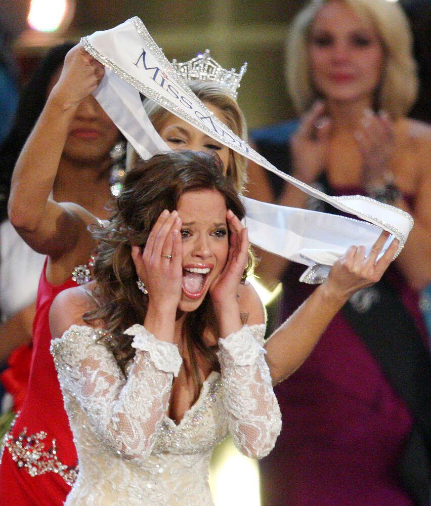 """Katie Stam, zwyciężczyni konkursu """"Miss America"""" w 2009 roku"""