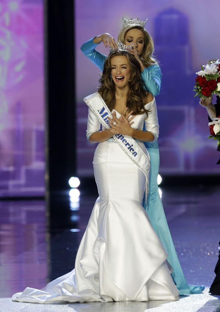 """Betty Cantrell, zwyciężczyni konkursu """"Miss America"""" w 2017 roku"""