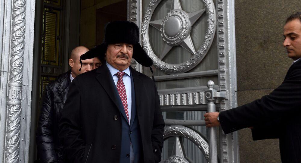 Dowódca Libijskiej Armii Narodowej Chalifa Haftar po spotkaniu z Siergiejem Ławrowem, Moskwa 2016 rok