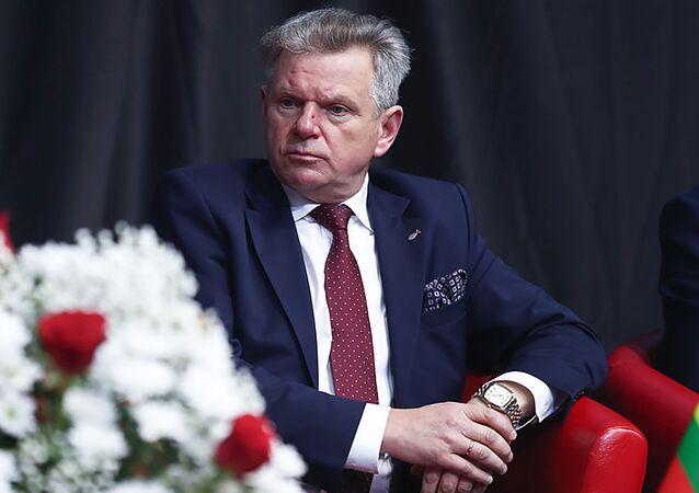 Minister transportu i komunikacji Litwy Jarosław Narkiewicz