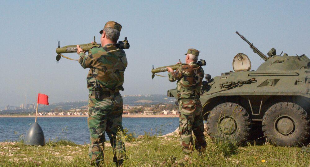 Wspólne ćwiczenia rosyjskich i syryjskich piechurów morskich w Tartusie