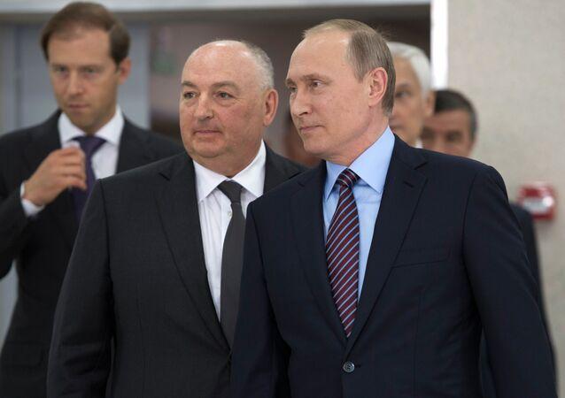 Władimir Putin i Mosze Kantor