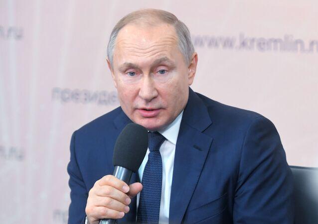 Władimir Putin w czasie podróży w obwodzie lipeckim