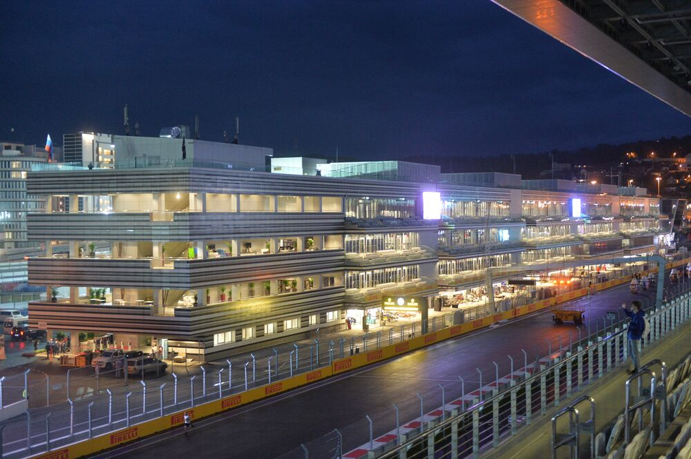 Trasa i budynek toru samochodowego Grand Prix Rosji Formuły 1 w Sochi