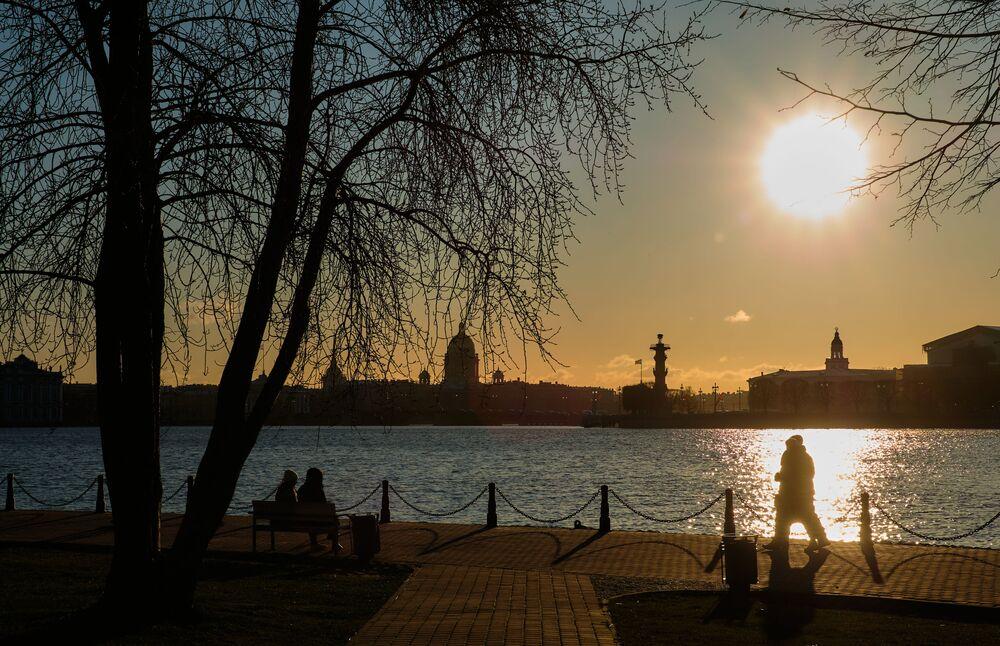 Petersburg wieczorem