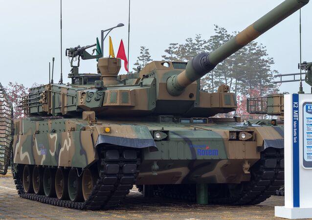 "Czołg Hyundai Rotem K2 ""Black Panther"""