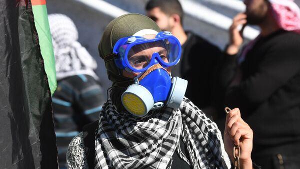 """Protestujący przy ambasadzie USA w Bejrucie przeciwko """"umowie stulecia"""" dot. pokojowego rozwiązania konfliktu między Izraelem a Palestyną - Sputnik Polska"""