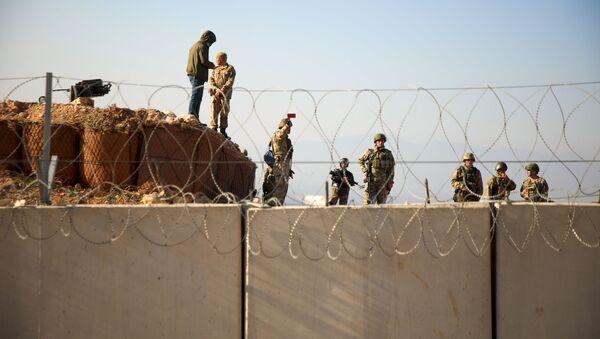 Tureckie wojsko na granicy z Syrią w prowincji Idlib - Sputnik Polska