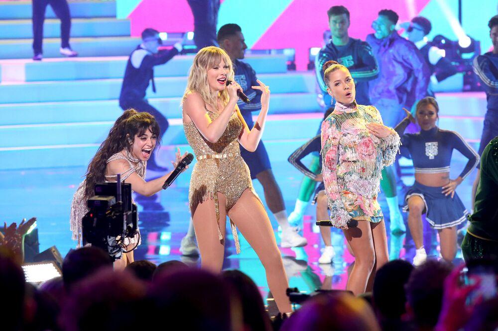Camila Cabello, Taylor Swift i Halsey