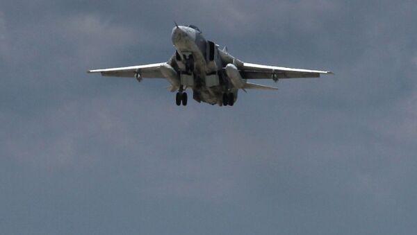 Rosyjski bombowiec Su-24 w Syrii - Sputnik Polska