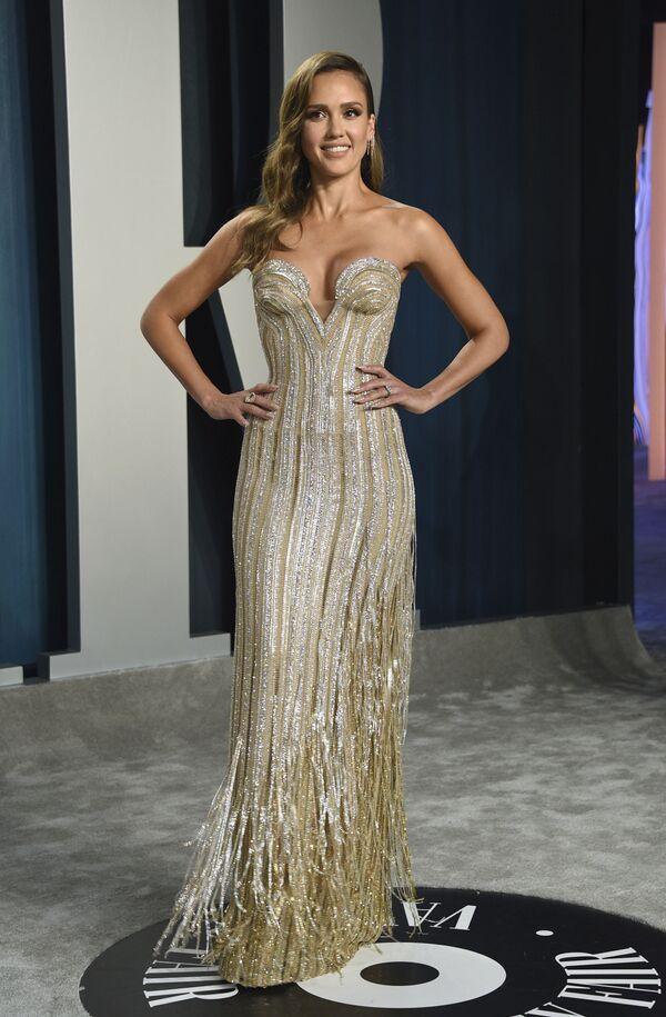 Aktorka Jessica Alba przybyła na Vanity Fair Oscar Party - Sputnik Polska