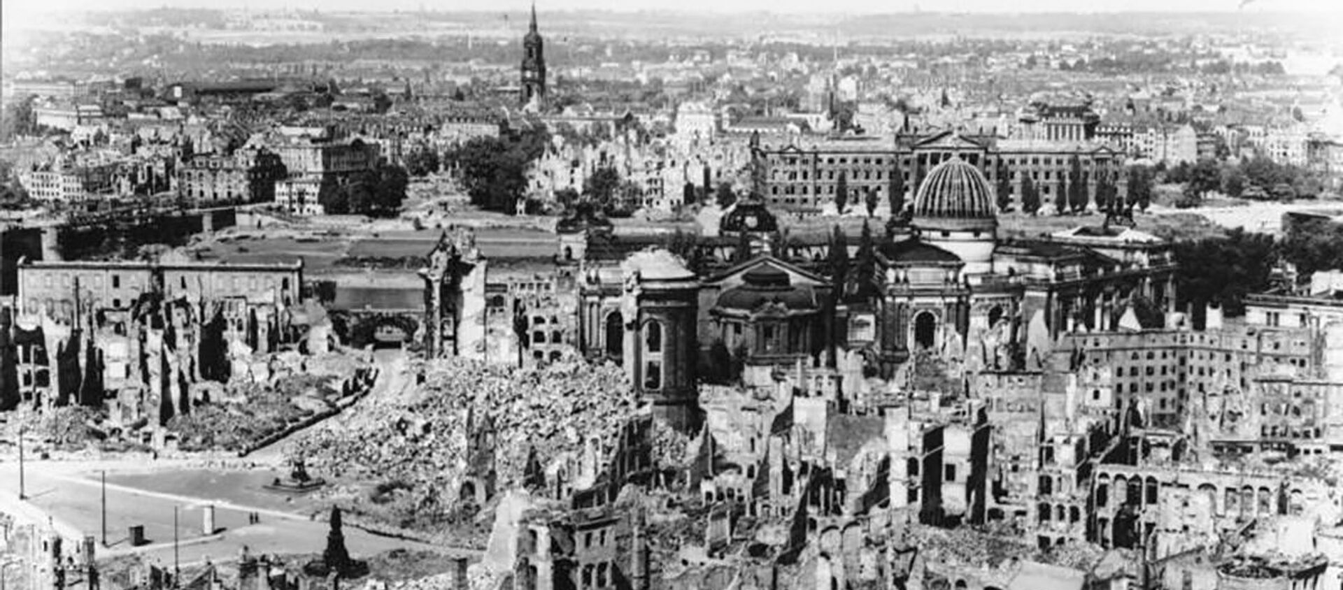 Bombardowanie Drezna, 1945 rok - Sputnik Polska, 1920, 13.02.2020
