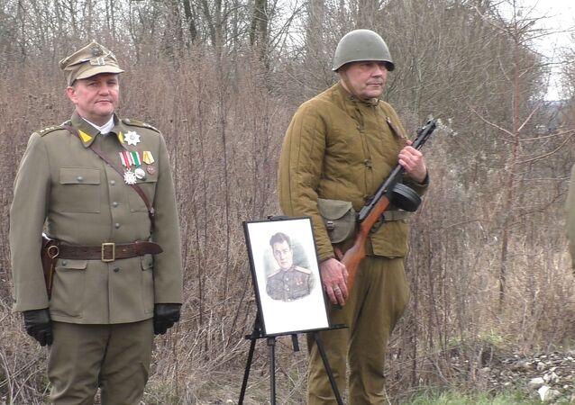 Pomnik generała Czerniachowskiego.