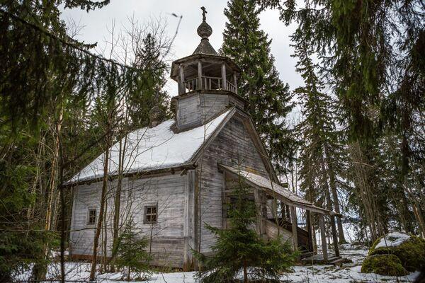 Cerkiew św. Mikołaja i Eliasza we wsi Chuynavolok - Sputnik Polska