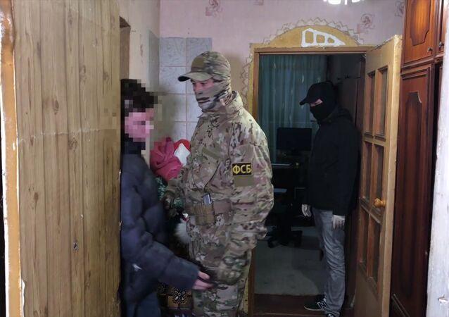 FSB zatrzymało nieletnich w Kerczu przygotowujących zamachy terrorystyczne na terytorium Rosji