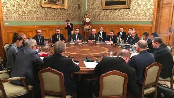 W Moskwie odbyły się rozmowy rosyjskiej i tureckiej delegacji poświęcone sytuacji w Syrii - Sputnik Polska