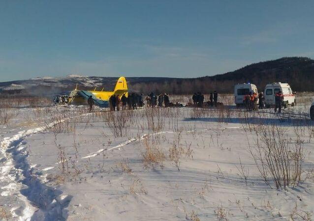 Twarde lądowanie samolotu An-2 w Magadanie
