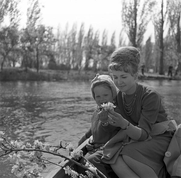 Czas wolny wiosną 1966 roku  - Sputnik Polska