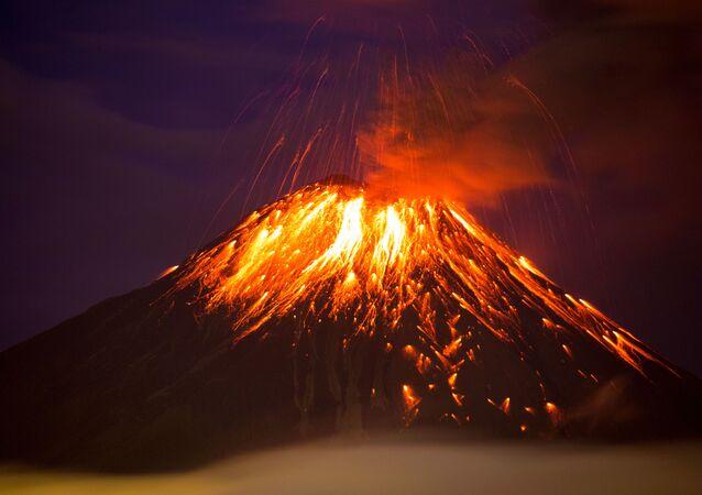 Wybuch wulkanu Tungurahua w Ekwadorze
