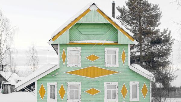 Drewniany dom w obwodzie archangielskim - Sputnik Polska