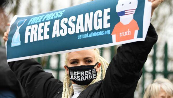 Akcja poparcia na rzecz Juliana Assange'a w Londynie. - Sputnik Polska