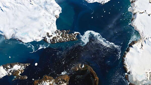 Zdjęcie NASA topniejących lodowców na Antarktydzie - Sputnik Polska
