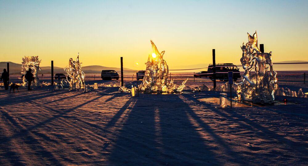 Festiwal Olkhon Ice Fest na jeziorze Bajkał