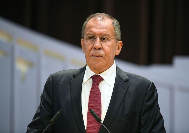 Minister spraw zagranicznych Rosji Siergiej Ławrow na spotkaniu ze studentami MGIMO w Moskwie